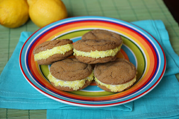 Soft Gingerbread Sandwich Cookies with Lemon-Creme Filling ...