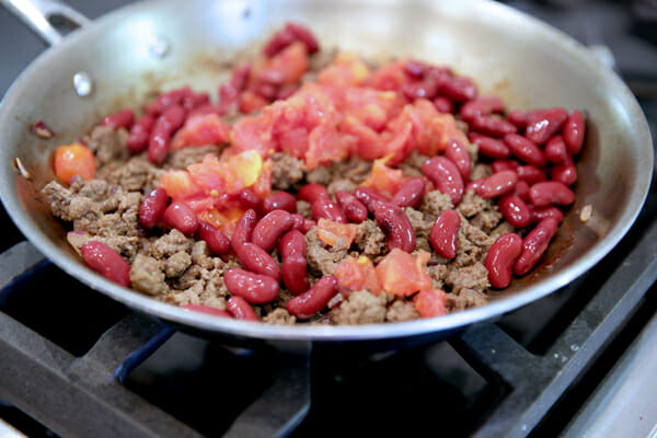 Ground beef with tomatoes and beans