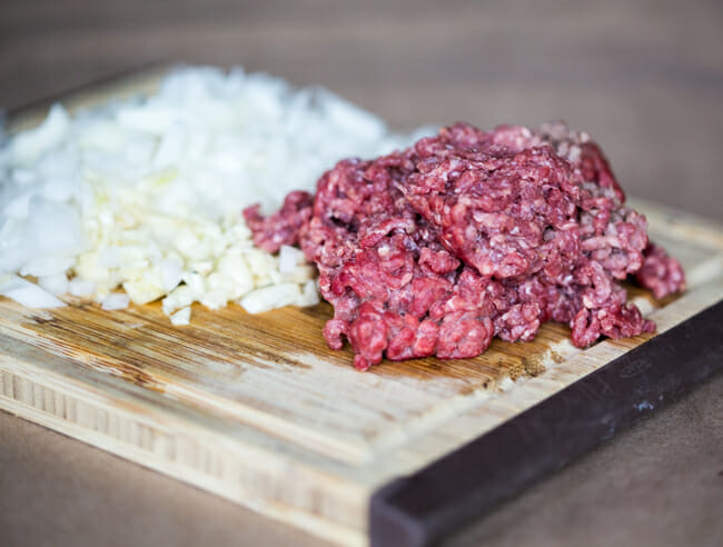 ground beef onions and garlic