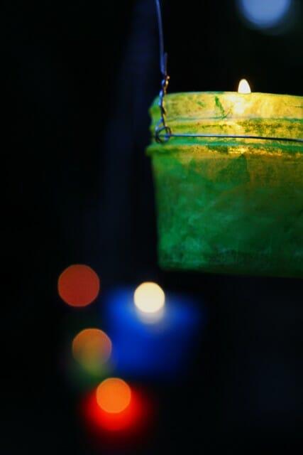 easy mason jar lanterns