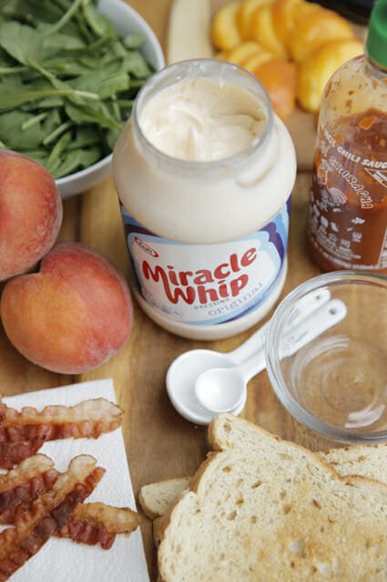 Peach Bacon Sandwich ingredients